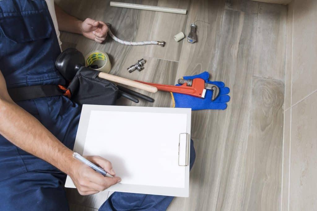 Instalator tehnico-sanitare si de gaze